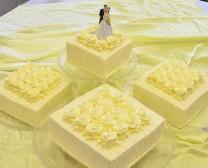 4层婚礼蛋糕