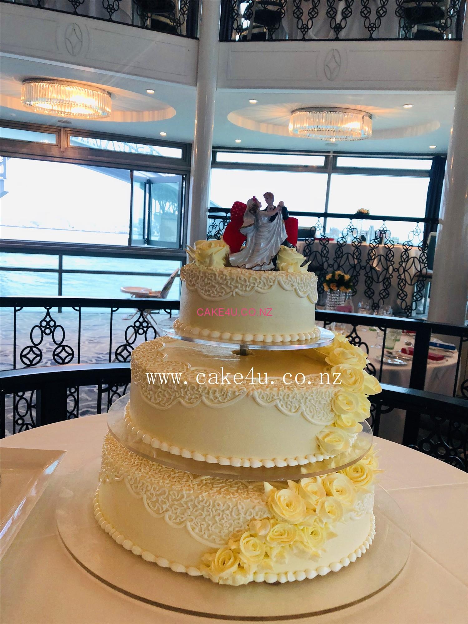 三层结婚蛋糕-10.0